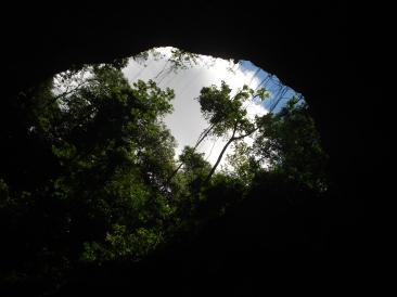 Entrada da Caverna - Foto by Clau Grunow