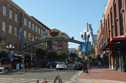 Gaslamp -Photo by Claudia Grunow