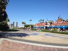 Ferry Land e suas lojinhas -Photo by Claudia Grunow