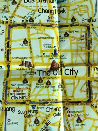 Mapa mostrando os dois templos - Wat Phra Singh e Wat chedi Luang