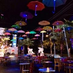 Nas ruas de Chiang Mai as vezes você se surpreende com lugares assim, fofos.