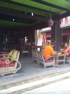 Bar e restaurante Karma Sutra.