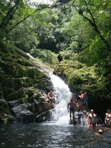 Natação na Cachoeira Grande- Photo by Daniela ( Amiga)