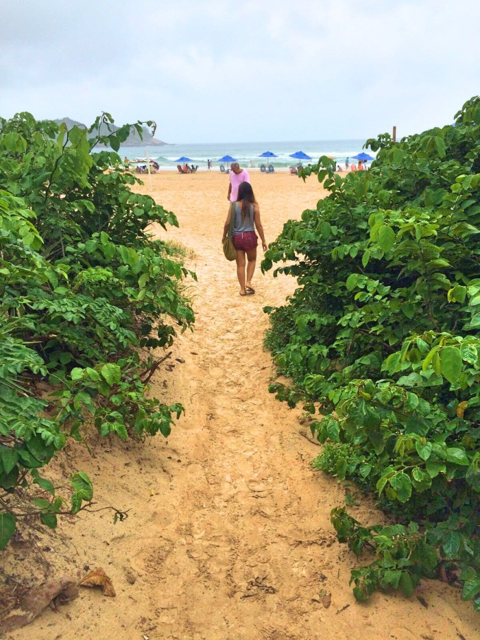 Entrada da praia de Geribá - Photo by Claudia Grunow