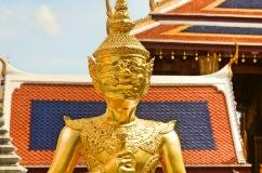 Esculturas do templo - Photo by Claudia Grunow