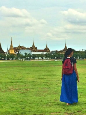 Em frente ao The Real Grand Palace - Photo by Claudia Grunow