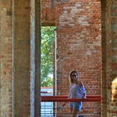 Eu dentro das Ruínas - Photo by Camila de Lima Grunow ( Sobrinha e amiga)