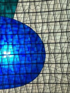 Vitrais dentro da Igreja - Photo by Claudia Grunow