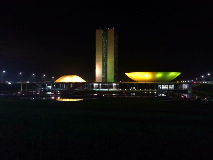 A noite de Brasília - Photo by Claudia Grunow